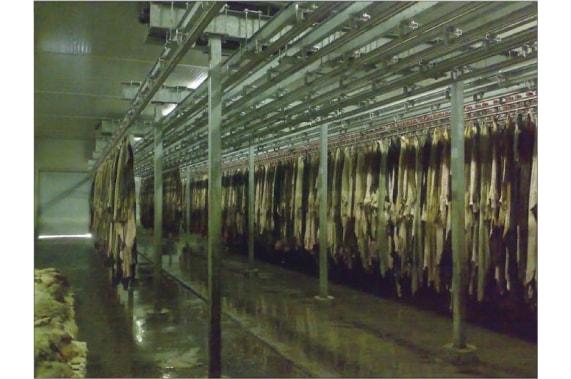 Воздушные рельсы для наполения шкур скота BLASAU