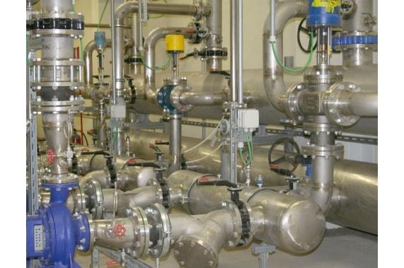 Станции нагрева и распределения горячей воды UNI-TECH